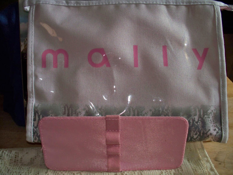 Mally Beauty Large Makeup Bag w/ pull out pencil holder - $9.75
