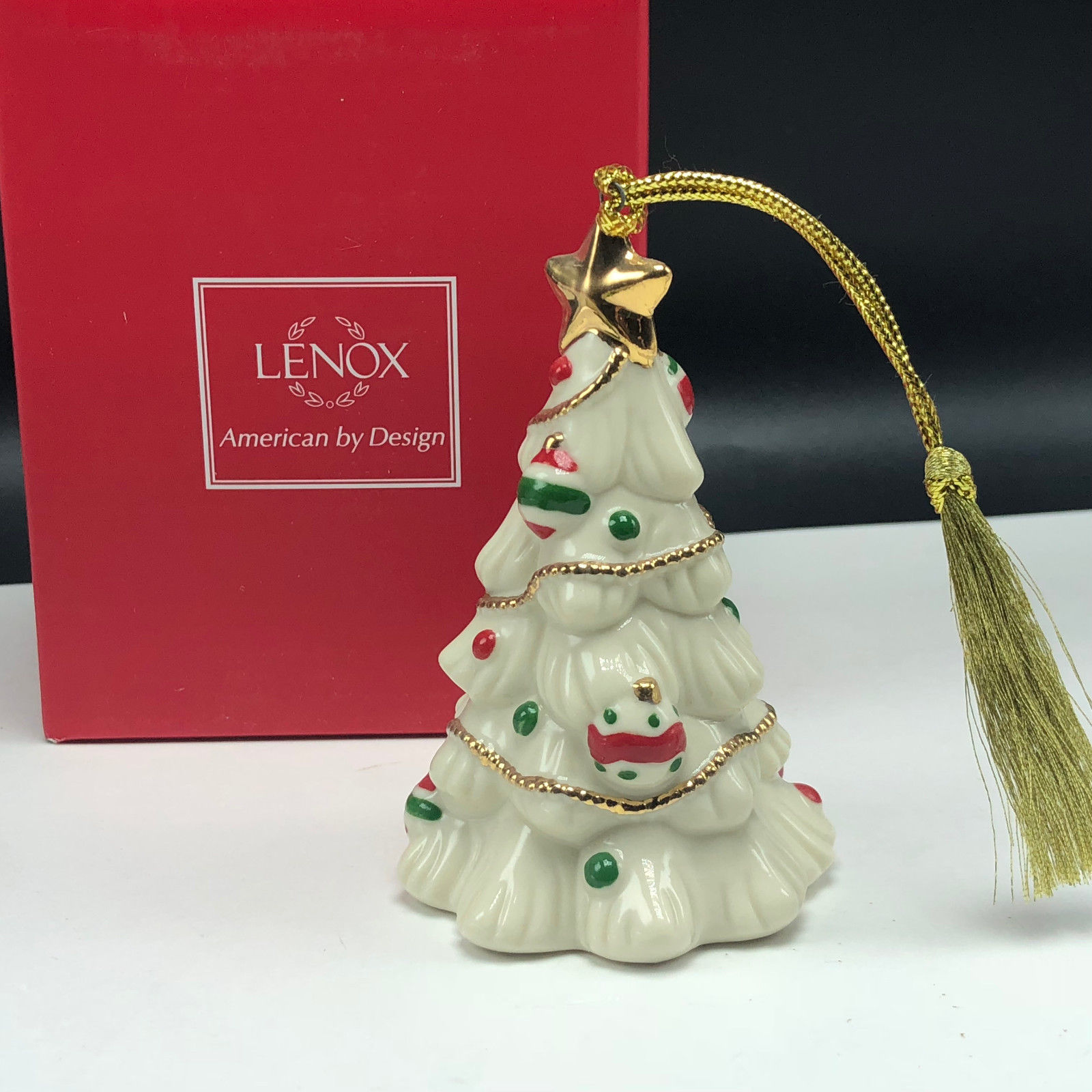 LENOX CHRISTMAS ORNAMENT very merry porcelain nib box figurine Tree holiday star