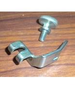 Singer 128-3 Low Shank Straight Stitch Presser Foot #15281 w/Thumb Screw 50053b - $9.00