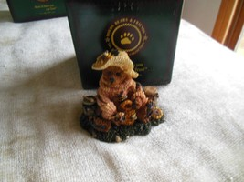 Boyds Bears Bearstone Bailey...Honey Bear #2260 Bee Mine Honey! - $28.22