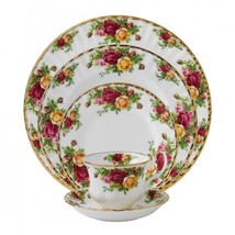 Royal Albert OLD COUNTRY ROSES 5 Piece Place SETTING New - $70.11