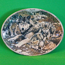 2000 Bradford 'Sentinels Of The Season' 4th Issue (April) Oval Wolf Plate - $7.95