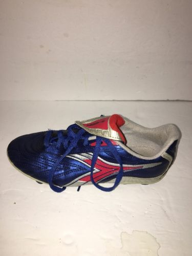 8096c9b48b Youth Diadora Soccer Cleats Size 4 and 10 similar items