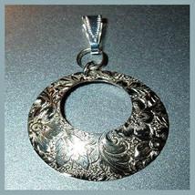 Sterling Silver Flower Leaf Design Round Circle Pendant - $29.99