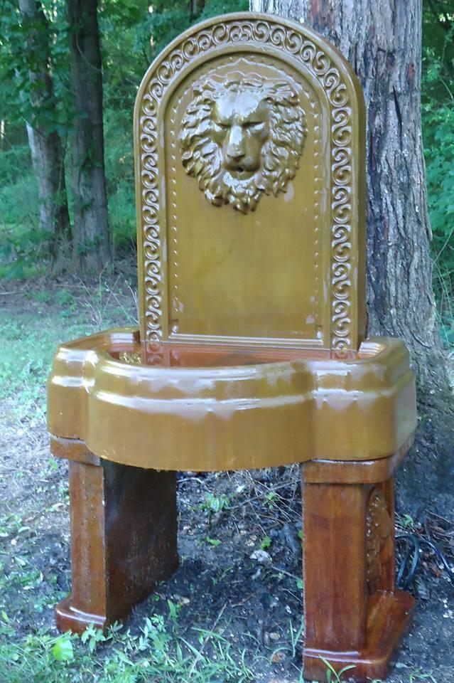Concrete Lion Fountain Mold Set Concrete molds to make a fountain each day!