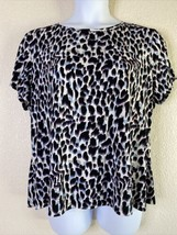 East 5th Women Plus Size 1x Purple/Blue Animal Print Blouse Short Sleeve... - $11.60