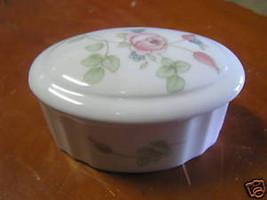 WEDGWOOD  Bone China Mini TRINKET BOX #1..................SALE - $13.93