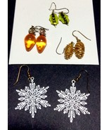 Christmas Earrings Vintage to New 4 pairs Snowf... - $12.69