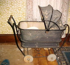 Vintage 1920's Trav-L-Eez Baby Toddler Stroller Carriage with Canopy;Mah... - $124.99