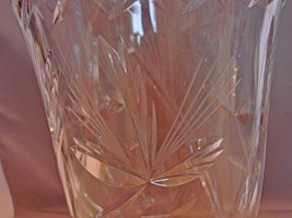 Stunning 10 Inch Tall Crystal Vase~ Inspired by Nature~ Beautiful Cuts~ Thick~He image 4
