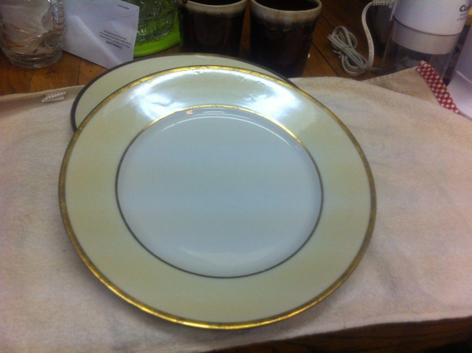"VTG HUTSCHENREUTHER 10"" DINNER PLATE YELLOW BAND GOLD & BLACK TRIM - $9.95"