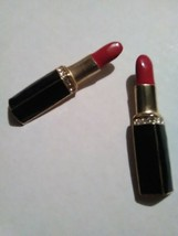 VINTAGE GOLDEN PIN BROOCH ENAMELLED RED LIPSTICK IN BLACK ENAMELLED CASE - $22.00