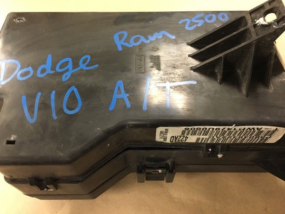 1998 1999 Dodge Ram 2500 8 0l V10 Fuse Box Relay Assembly