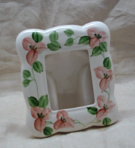 Vintage Hand Painted Peach/Pink Flowers Ceramic Photo Frame // Table Top Frame - $7.00