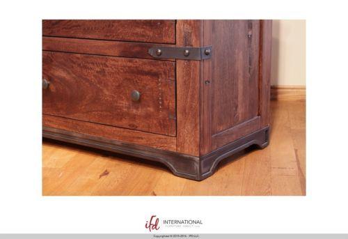 Queen Jones 4 Piece Bedroom Group - Solid Wood - Quality Set