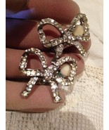 Nemesis Viimtage White Crystal Bow Clip On Button Earrings - $28.05