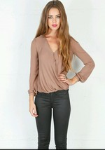 $275.00 NWT Haute Hippie 100 % Silk Blouse Top  Taupe Size XS  XSmall RARE - $124.69
