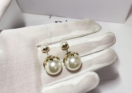 SALE! Auth Christian Dior Mise En Dior Tribal Petal Gold Double Pearl Earrings image 7