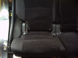 "2010 MITSUBISHI OUTLANDER RIGHT 40""  REAR SEAT  image 1"