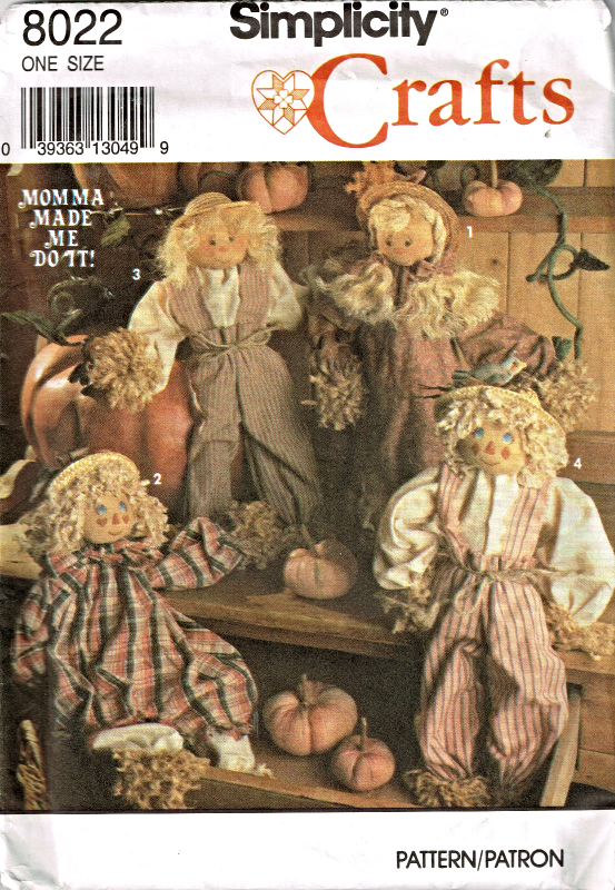 """Simplicity 8022 18"""" Scarecrow Dolls & Outfits Pattern"""