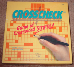 CROSS CHECK GAME OF CROSSWORD STRATEGY 1985 TSR COMPLETE EXCELLENT - $20.00
