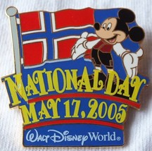 LE 500 Mickey Mouse with Flag Norway National Day 2005 WDW Disney Pin - $24.26
