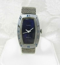 Vtg Timex Electric Ladies Watch Silver Blue Face Silver Mesh Band - PART... - $20.78