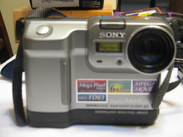 Sony MVC-FD83 Mavica 0.8MP Digital Camera with 3x Optical Zoom - $15.00