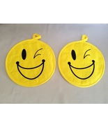 Winking Smiley Face Hot Pads Kitchen Potholder ... - $7.20