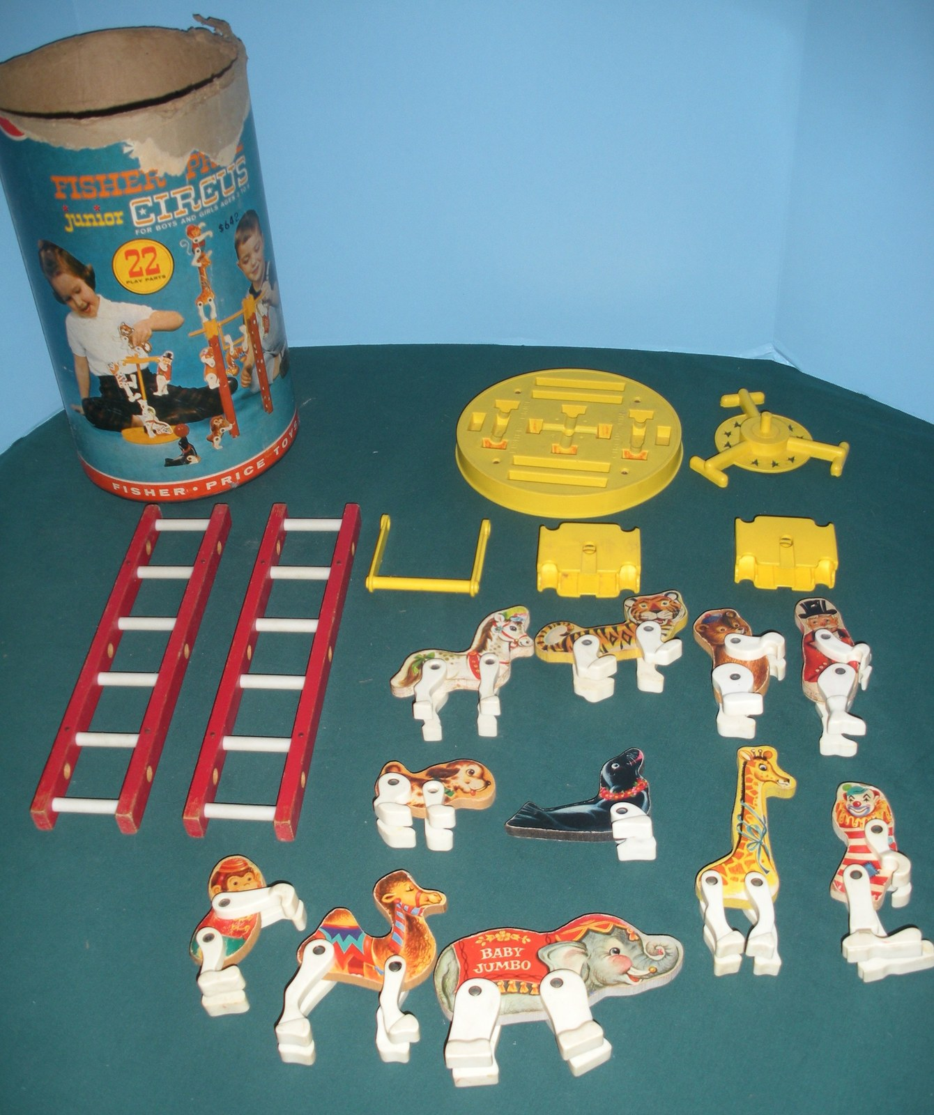 Vintage Fisher Price #902 Junior Circus Loaded/VG-VG++ (B)