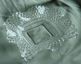 VINTAGE WAVED SAW BONE EDGE ASHTRAY CANDY DISH Clear Art Glass Unique De... - $4.94