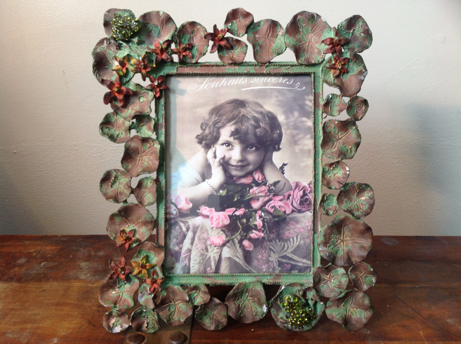 Antiqued Metal Bronze Green Frog w Lily Pads Photo Frame Portrait Orientation