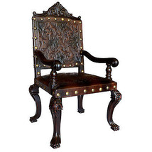 Fabulous Old World  Carved  Leather Chair,48''H. - €787,06 EUR