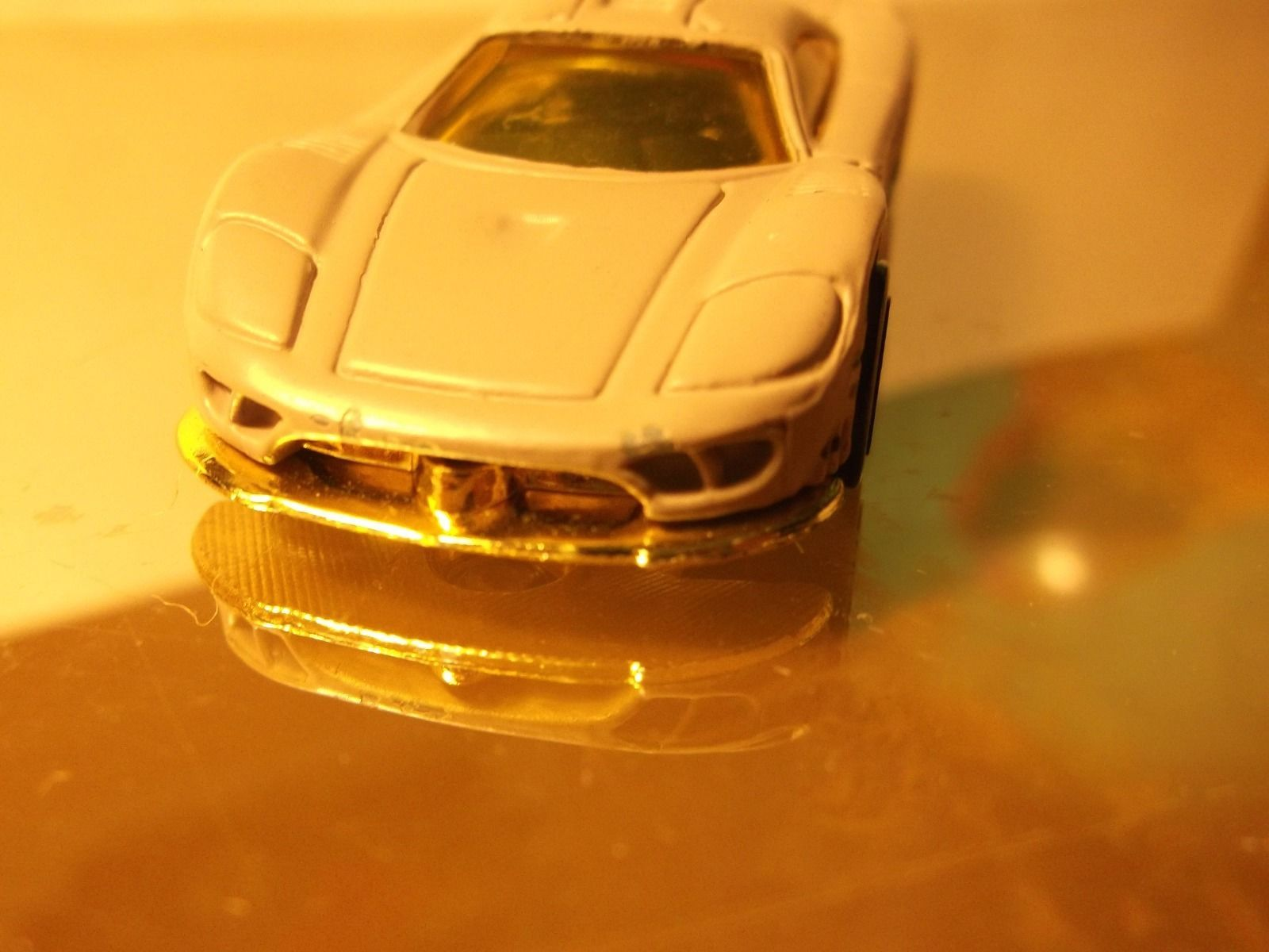 HOT WHEELS         SALEEN S7      1/64 DIE-CAST   B1-3-9