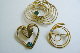 VTG LOT OF 3 GOLD TONE METAL OPAL & BLUE CRYSTAL PIN BROOCH - $26.73