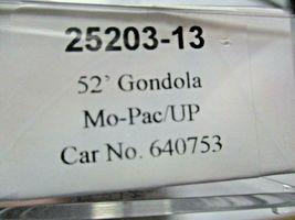 Trainworx Stock # 25203-13 to -18 Mo-Pac/UP Shield 52' Gondola N-Scale image 4