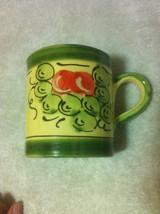 PIER 1 --GREEN CHERRY  COFFEE MUG / CUP-----FREE SHIP--VGC - $13.09