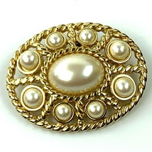 """Vtg Monet Gold Tone Pin Brooch Faux Pearl Oval Gold Tone 1.75"""" - $16.79"""