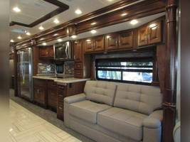 2018 AMERICAN COACH AMERICAN REVOLUTION 42S FOR SALE IN Avon, Indiana 46123 image 9