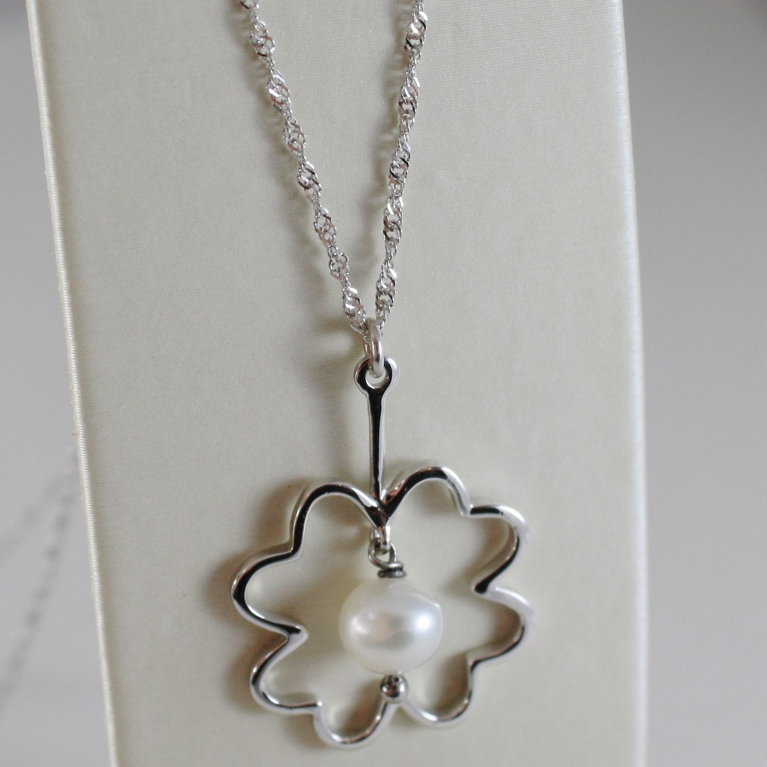 18K WHITE GOLD CHAIN NECKLACE WITH FLOWER AND WHITE PEARL 6 MM, MADE IN ITALY