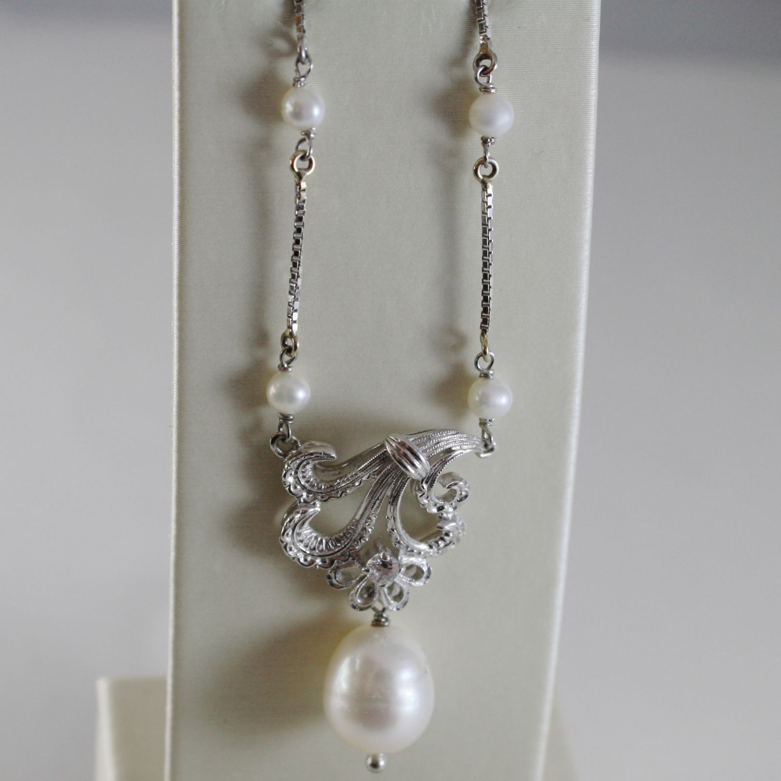 18K WHITE GOLD CHAIN NECKLACE WITH FLOWER ANTIQUE STYLE AND PEARLS MADE IN ITALY