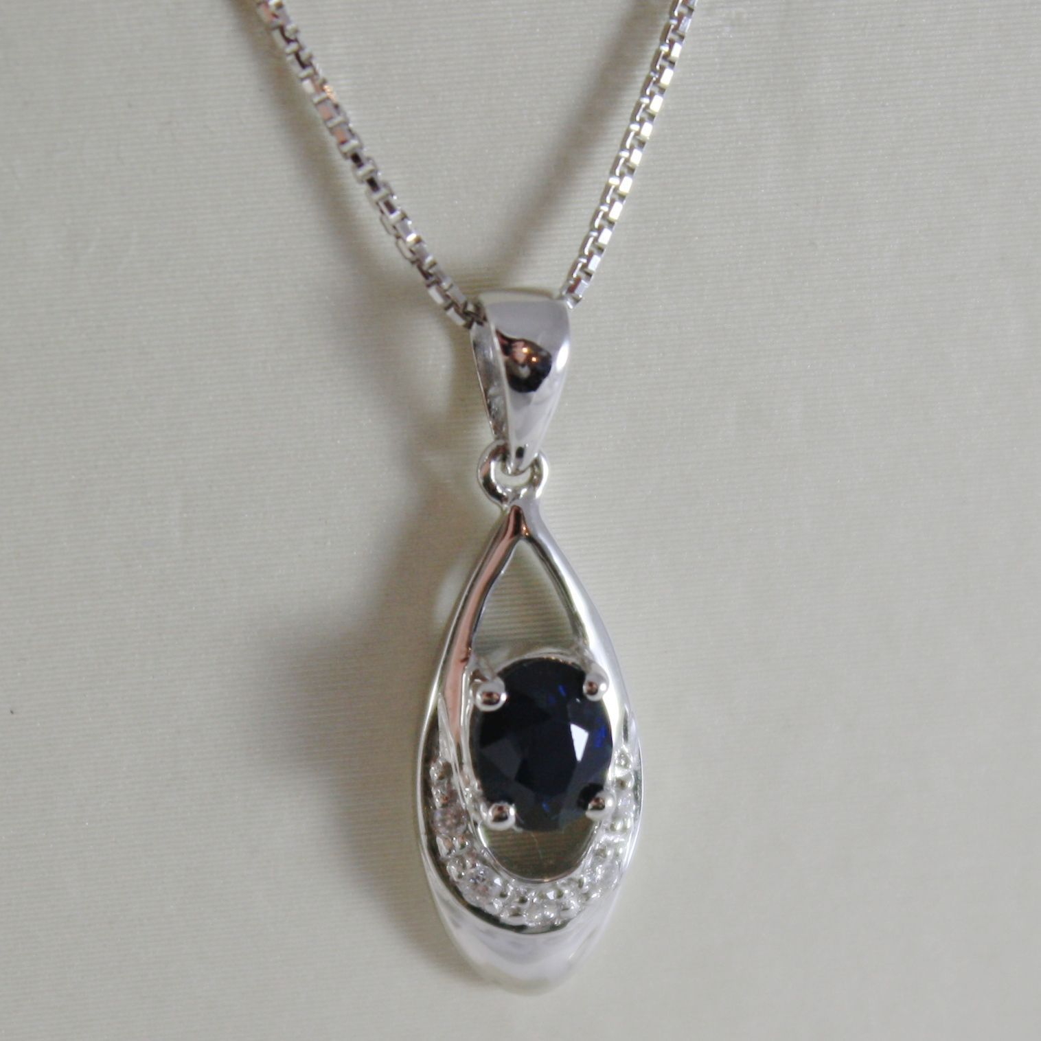 18K WHITE GOLD OVAL DROP PENDANT NECKLACE DIAMOND BLUE SAPPHIRE MADE IN ITALY