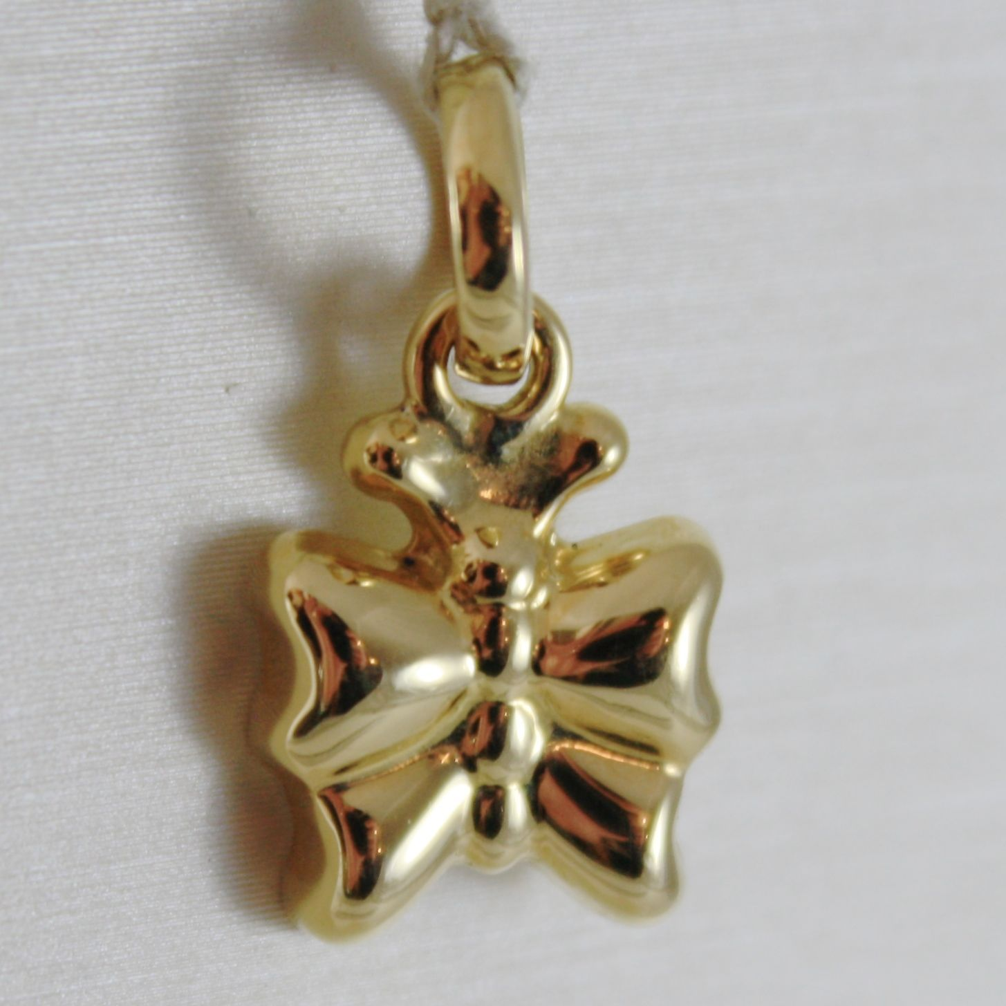 18K YELLOW GOLD ROUNDED MINI BUTTERFLY CHARM PENDANT 0.75 INCHES MADE IN ITALY