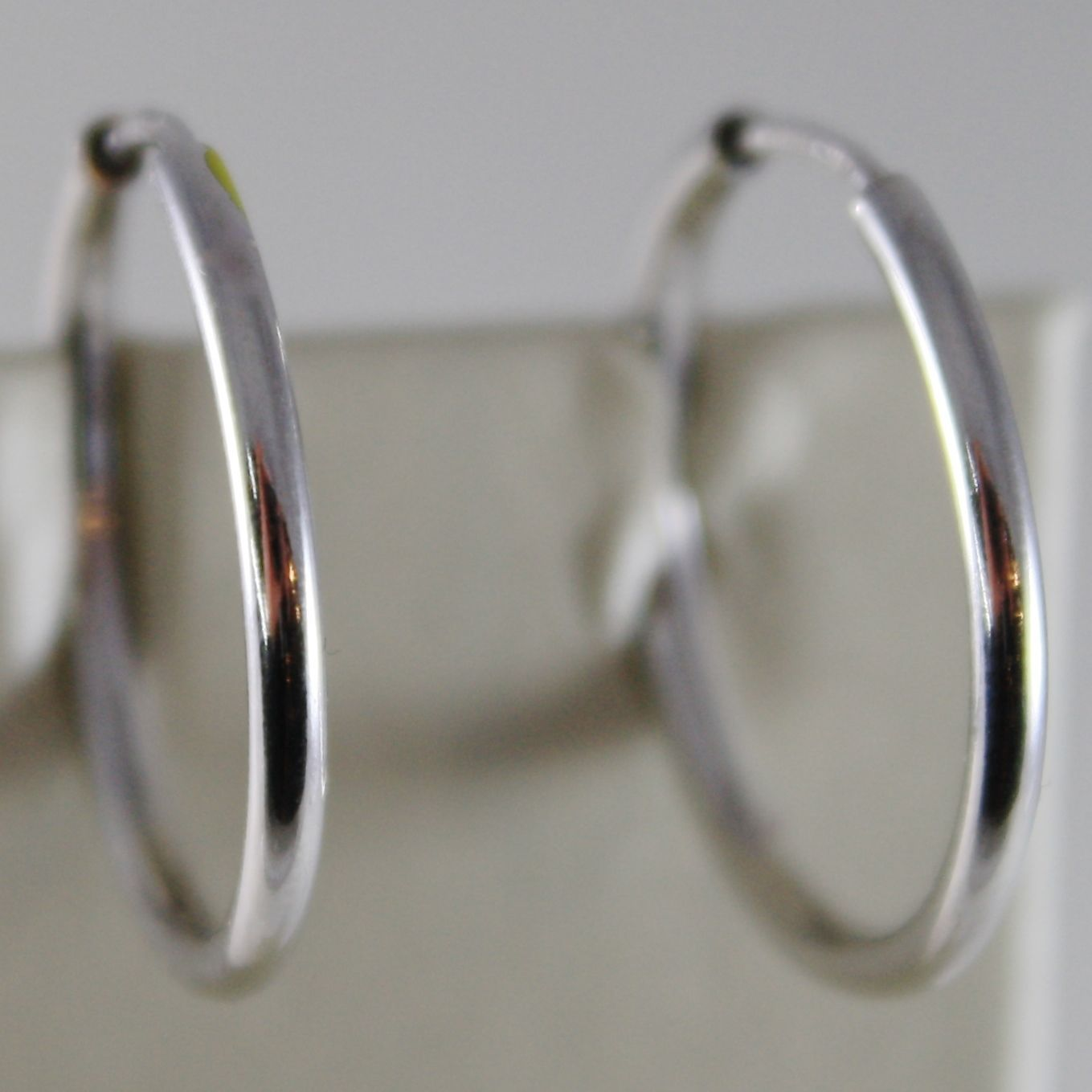 18K WHITE GOLD EARRINGS CIRCLE HOOP 22 MM 0.87 INCHES DIAMETER MADE IN ITALY