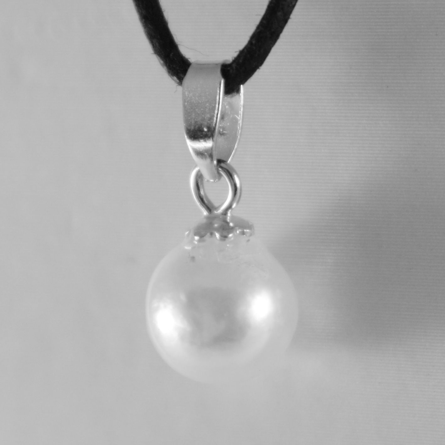 18K WHITE GOLD PENDANT CHARM WITH ROUND AKOYA WHITE PEARL 7 MM, MADE IN ITALY