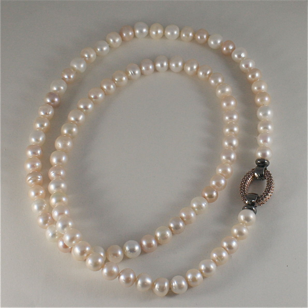 .925 SILVER BURNISH NECKLACE WITH FW PEARLS AND A BEAUTIFUL CLASP WITH CRYSTALS
