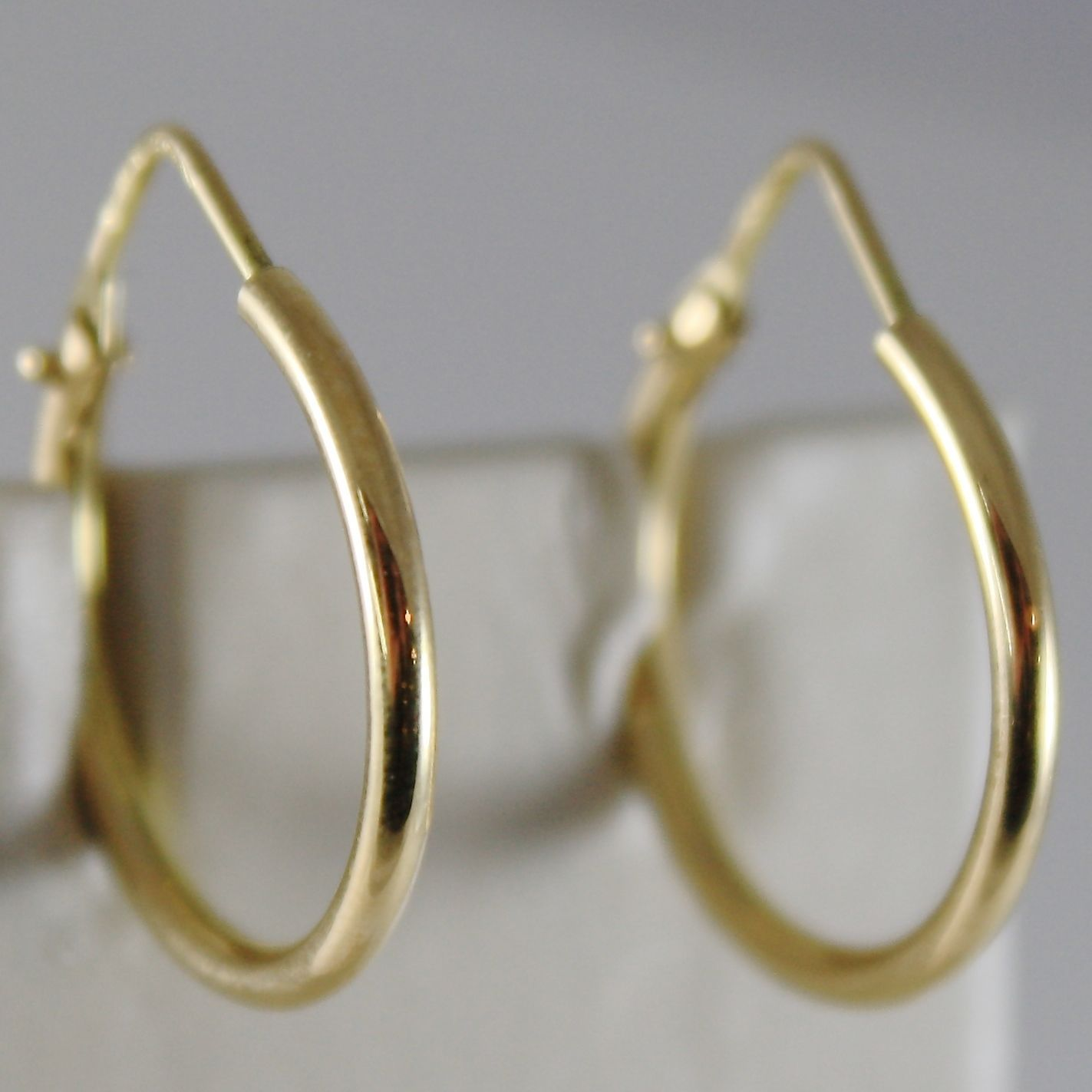 18K YELLOW GOLD EARRINGS LITTLE CIRCLE HOOP 19 MM 0.75 IN DIAMETER MADE IN ITALY