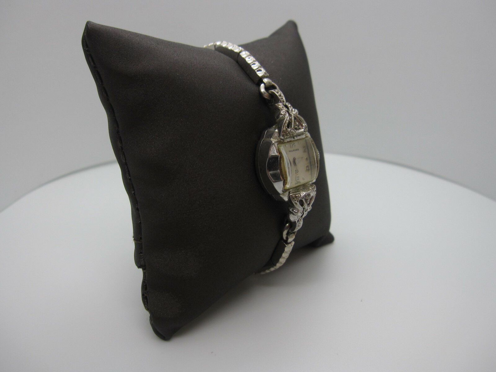 Vintage Women's Hallmark 25 Jewels 10k Rolled Gold Plated Hand Wind Watch image 2