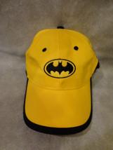 BATMAN THEMED YELLOW AND BLACK BASEBALL CAP HAT ADJUSTABLE TWEEN SIZED - $1.93
