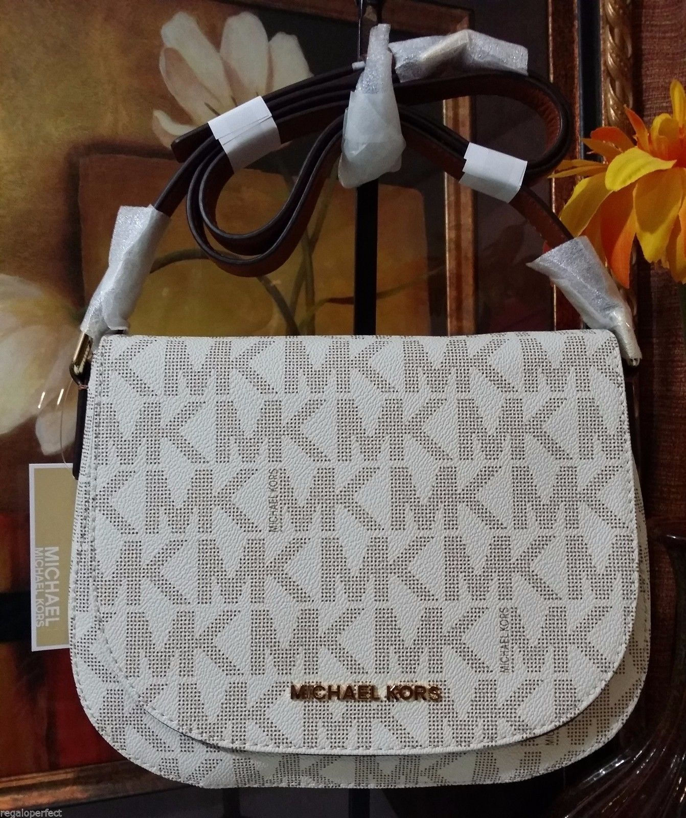 NWT Michael Kors Signature Bedford Medium Flap Messenger PVC Vanilla MSRP $248